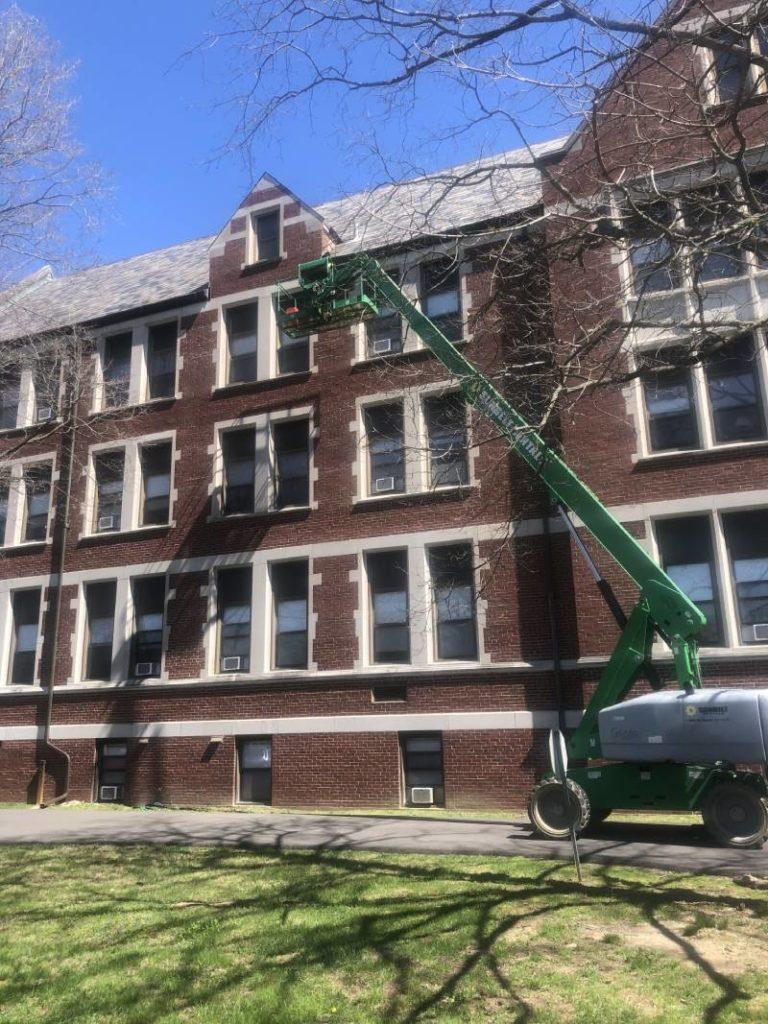 Roof Cleaning Cincinnati