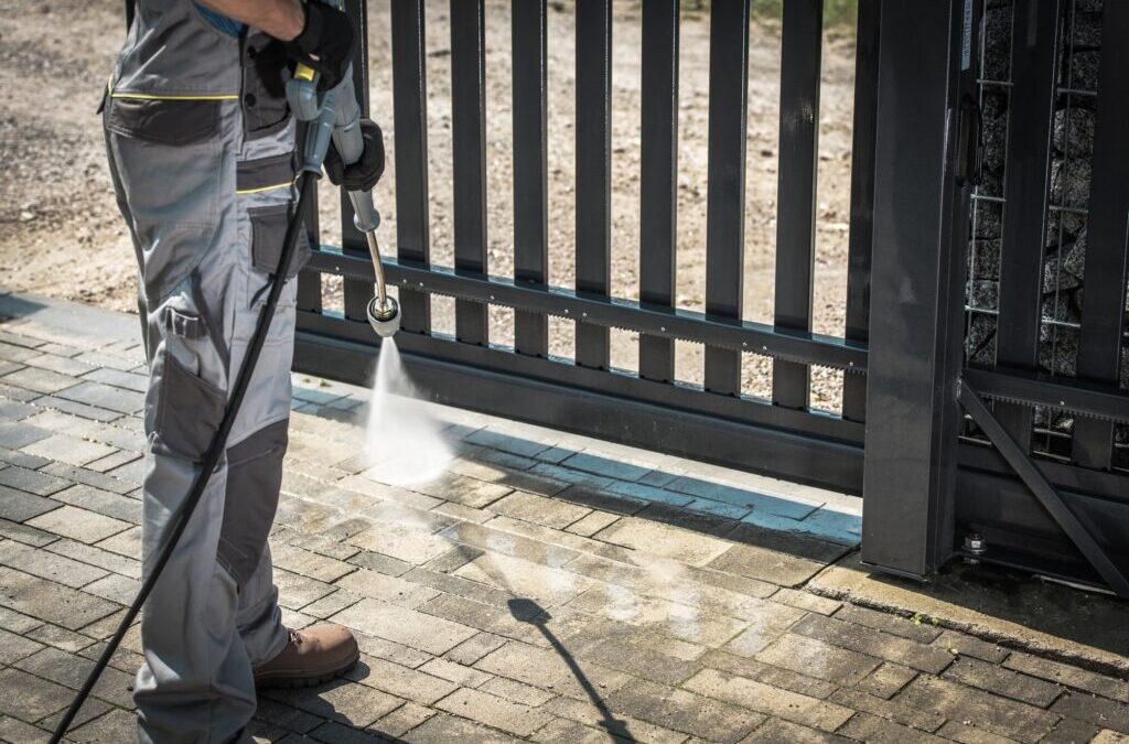 Discover 5 of The Biggest Reasons Why Pressure Washing Your Commercial Building is Vital